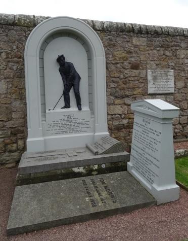 Saint Andrews Cathedral Graveyard - Elizabeth Morris Hunter